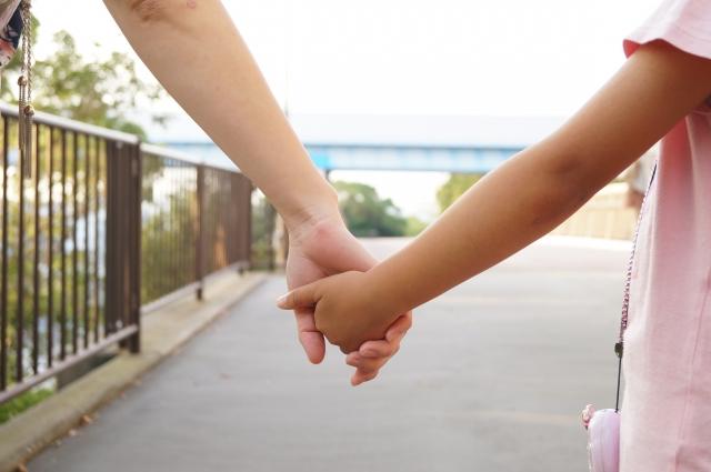 遺言書で子の認知or相続権のはく奪が出来る